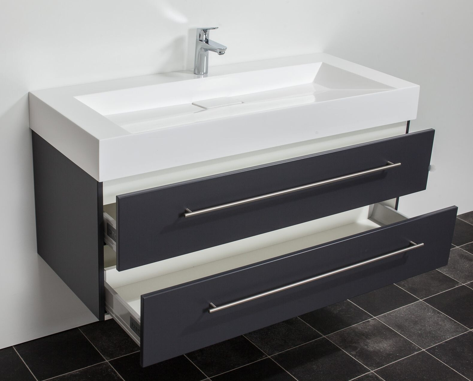 Nieuw wastafelmeubel 120 badkamermeubels ontwerpen 2017 for Badkamermeubel ontwerpen
