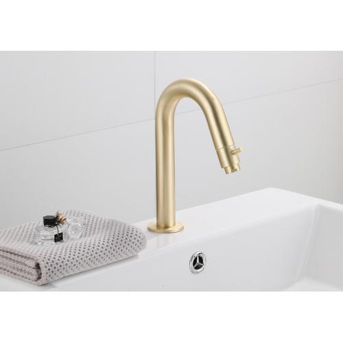 Saniclear Brass gebogen fonteinkraan geborsteld messing / mat goud